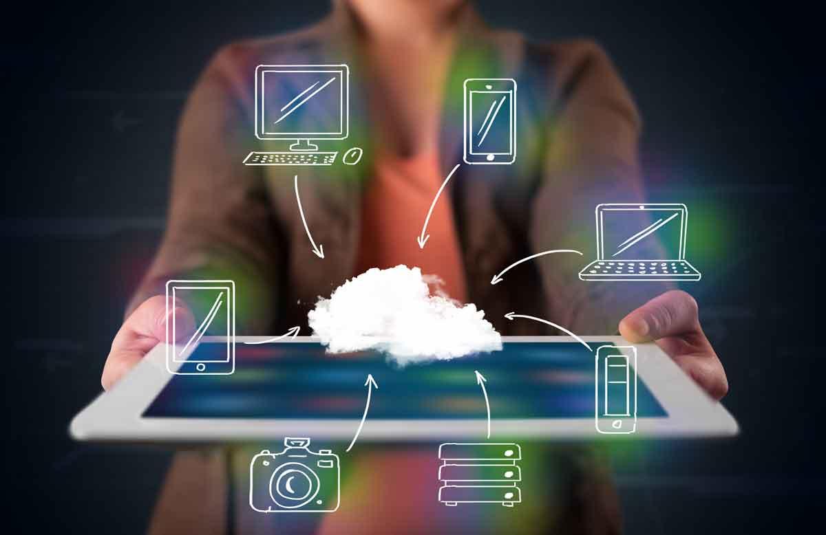 stockfresh_3357893_woman-showing-hand-drawn-cloud-computing_resized